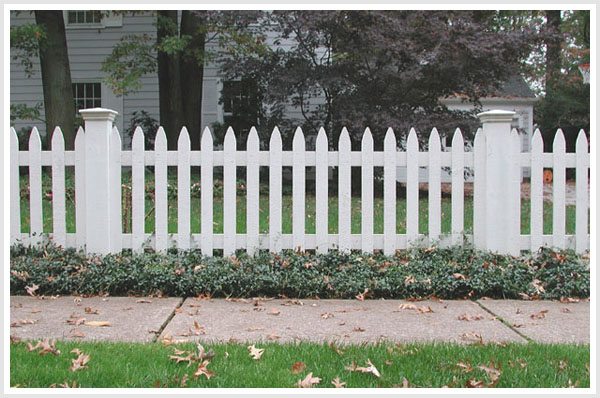 lg_Reverse_Runner_Wood_Picket_Fence_15