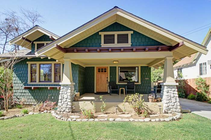 Restored craftsman home for sale in pasadena for Craftsman style homes for sale in california