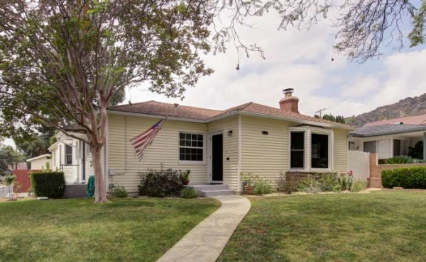 New!  Located One Block Up from the Heart of Eagle Rock with Lots of Space