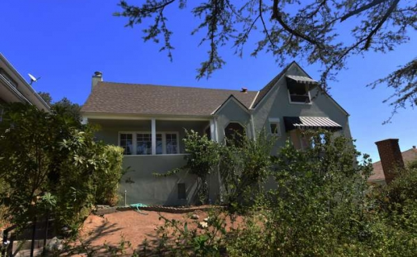 Just Sold in Eagle Rock! Charming English Cottage