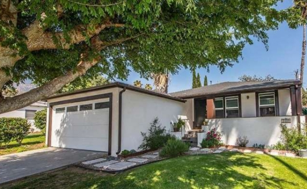 Just Sold in Altadena - Updated Traditional Home