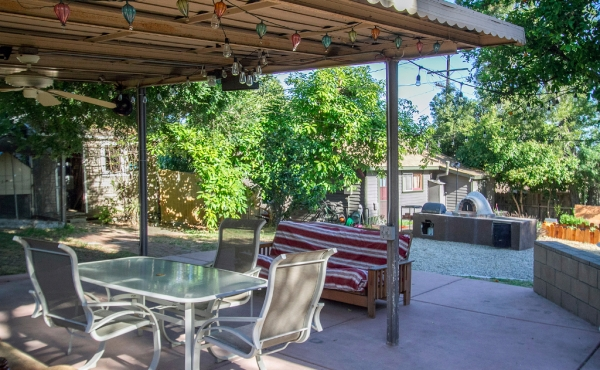 Eagle Rock Blvd 5206 021-mls