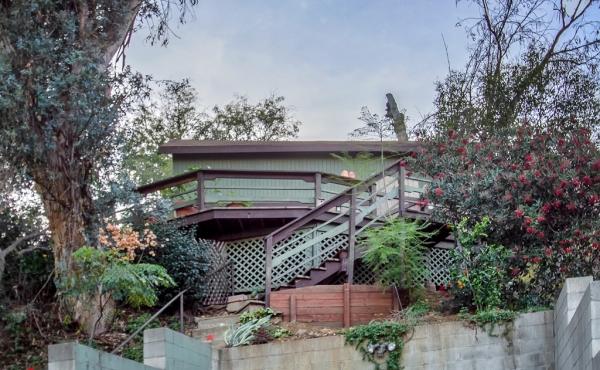 Mount Washington Cottage For Sale!