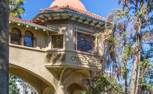 Condo in Historic Castle Green For Sale!