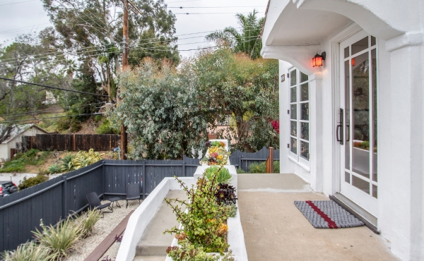 Charming Spanish Bungalow in Highland Park!