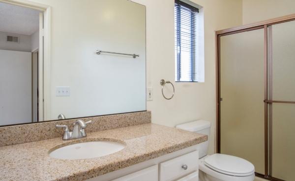 Bedroom 1 Ensuite Bath