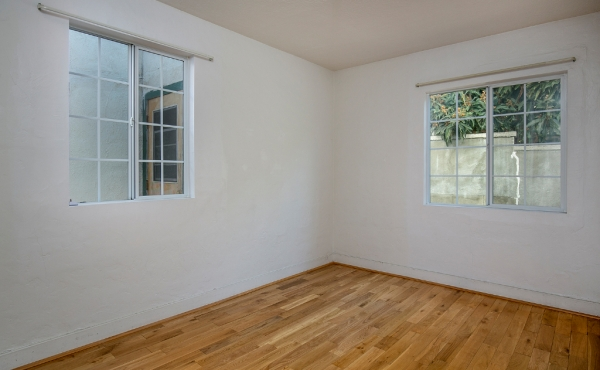 Front House Bedroom 2