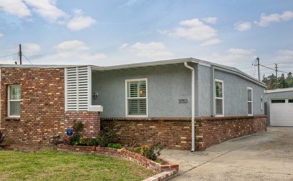 Midcentury Traditional Home with Orchard in Glassell Park