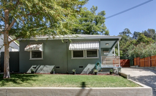 Highland Park Midcentury Traditional Home For Rent!