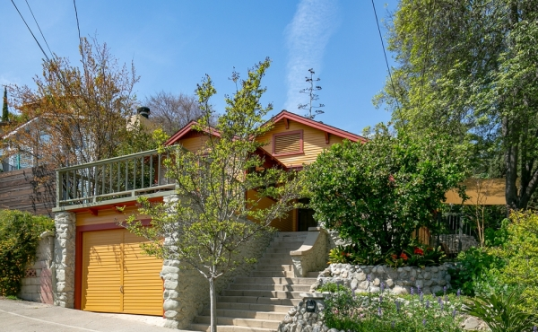 Sweet Craftsman Bungalow in Highland Park