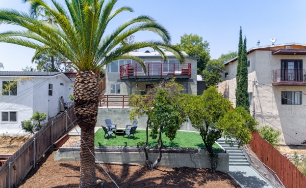 Private Highland Park Home with Views!