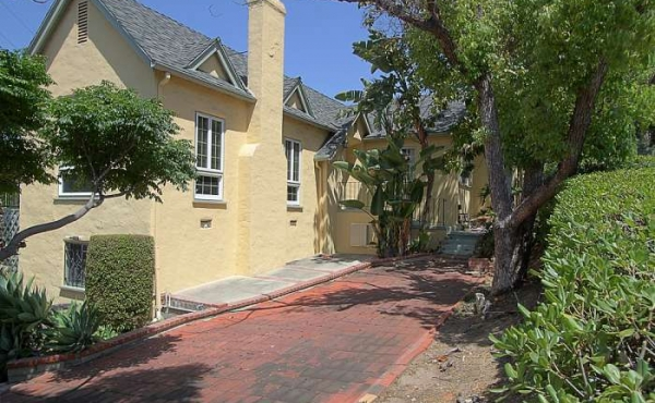 Gracious 1931 Spanish Mission-style Home For Sale in Eagle Rock