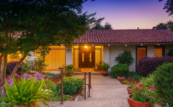 Sold! Stunning Mid Century In Pasadena