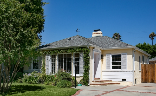 Sold! Charming 1930s Cottage in Studio City!