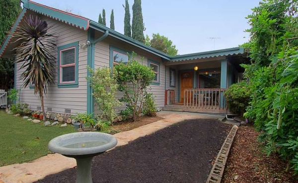 Private Highland Park Cottage For Sale