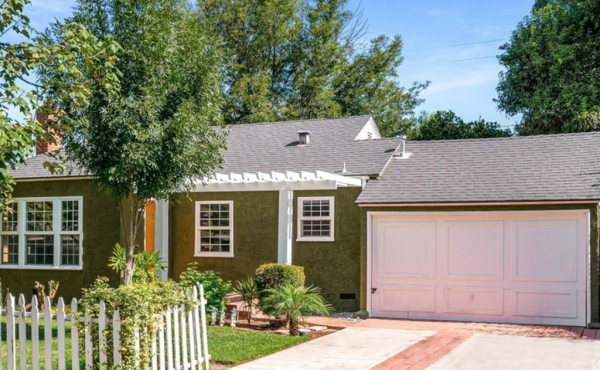 Sold! Charming Bungalow in Riverside!