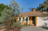 In Escrow! Charming Traditional in the Heart of Eagle Rock!