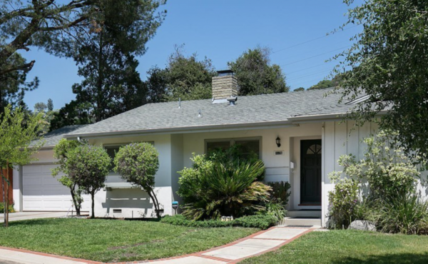 Sold! Traditional Ranch in Tucked Away Eagle Rock Cul-de-sac!