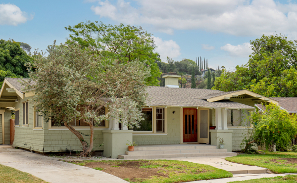 Leased! Craftsman Bungalow in Eagle Rock!