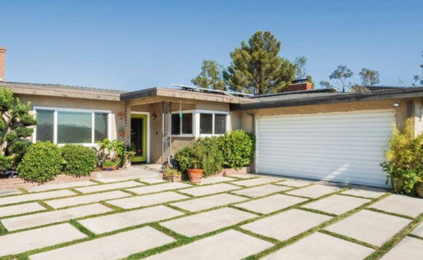 Just Sold! Eagle Rock Midcentury with Views!