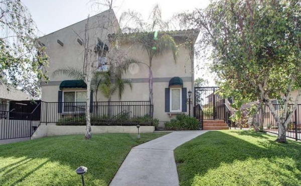 For Rent! Move-in Condition Condo in Pasadena!