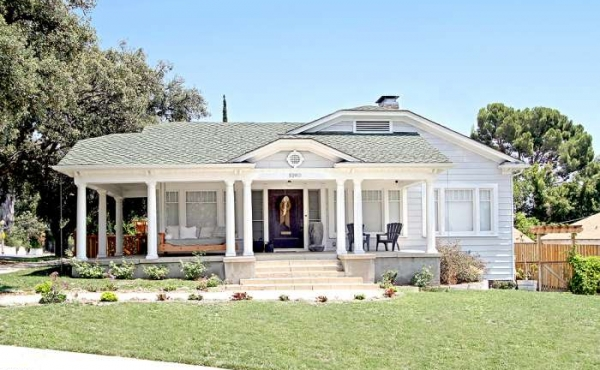 Craftsman Colonial-style home for sale in a prime Eagle Rock neighborhood